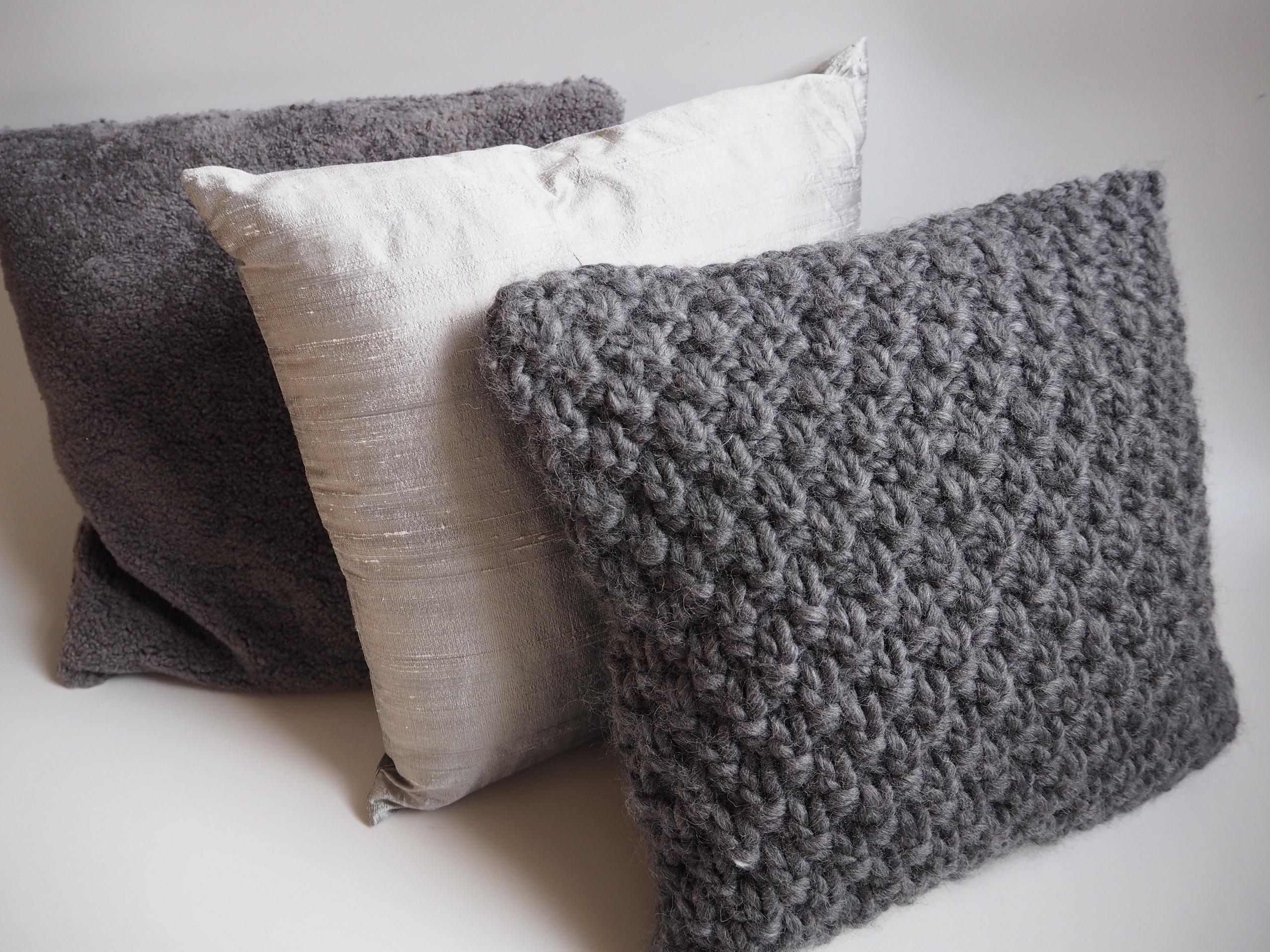 pinqe grobstrick kissen super big 40x40 cm handgestrickt aus 100 schurwolle big pearl in. Black Bedroom Furniture Sets. Home Design Ideas