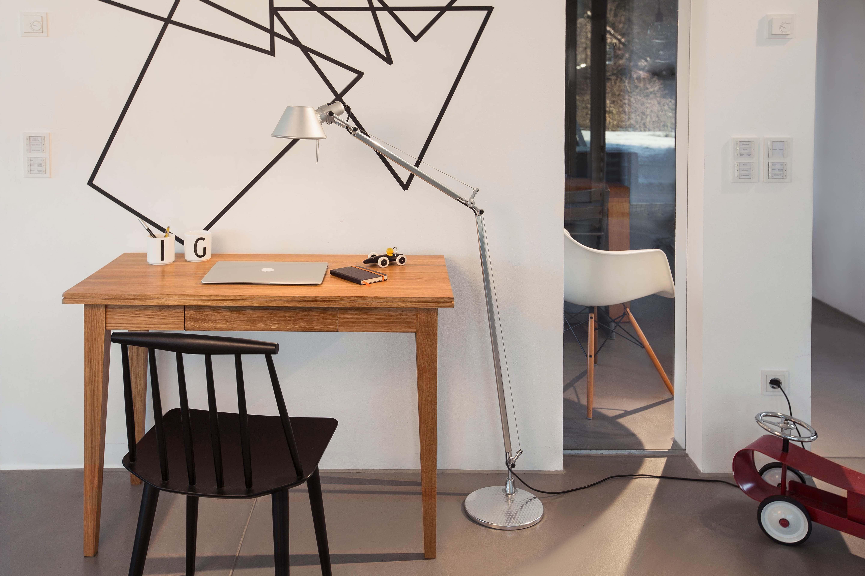 Rekord schreibtisch holz eiche 120 cm for Schreibtisch holz klein