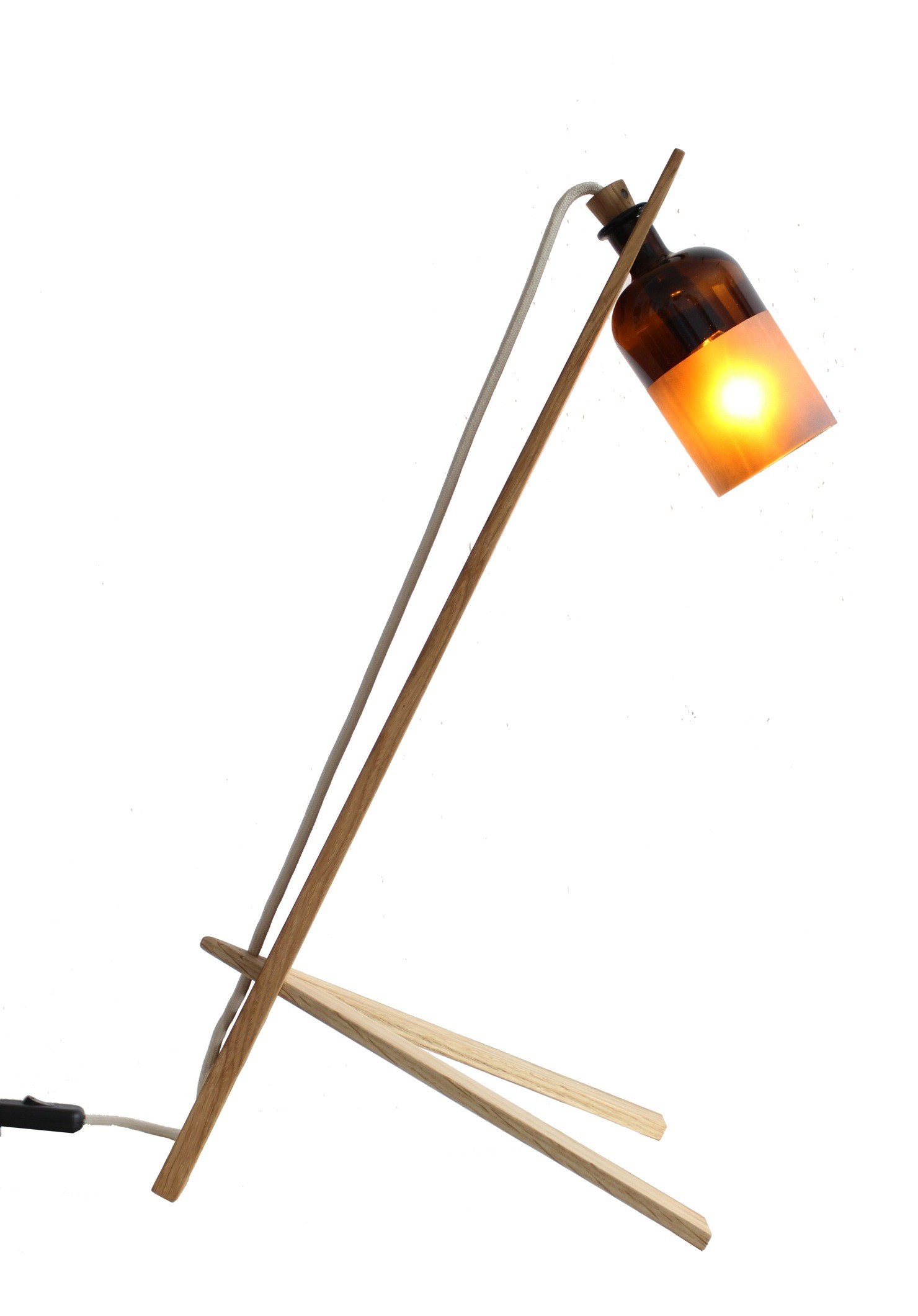 das kleine b basia leuchte eiche. Black Bedroom Furniture Sets. Home Design Ideas
