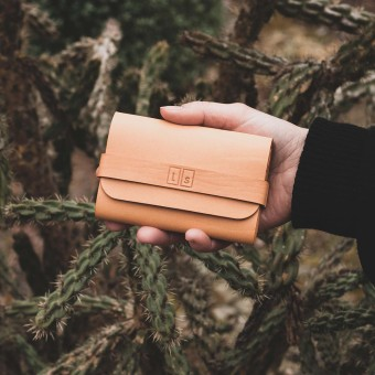 Laura Stolz / Portemonnaie aus Naturleder / beige