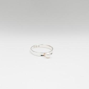 Jonathan Radetz Jewellery, Ring AKOYA, Silber 925, Japanische Akoya Perle