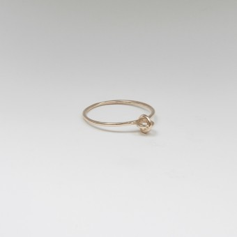 Jonathan Radetz Jewellery, Ring KISSKISS, Gold 375