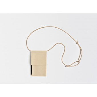 Lapàporter – Leder Handytasche zum umhängen / Brustbeutel, natur