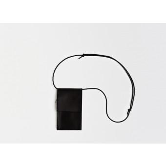 Lapàporter – Leder Handytasche zum umhängen / Brustbeutel, schwarz