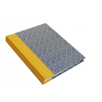 Nauli Fotoalbum im Hochformat Wachsbatik blau gelb 23x30cm mit weißen oder schwarzen Seiten