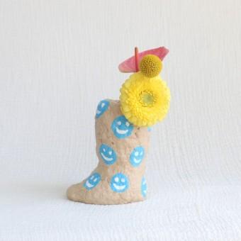 Catchup Studios - nachhaltige Papiervase - Blue Smily Vase