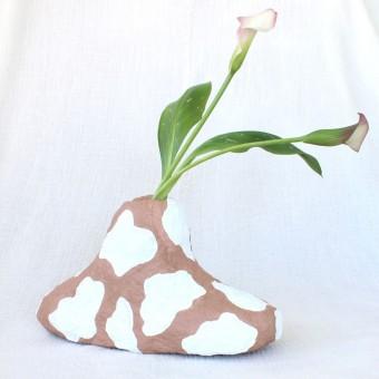 Catchup Studios - nachhaltige Papier Vase - Beige Cowy Vase