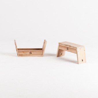 CARRY STOOL - ISHINOMAKI LAB by HLZFR.