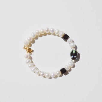 Valerie Chic - HAPPY BERRY Perlen Armband - Schwarz