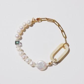Valerie Chic - LONG BEACH Horn Armband - 18 Karat vergoldet, Perlen, Kristalle, Büffelhorn
