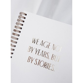 WE AGE BY STORIES... - Notizbuch - Anna Cosma
