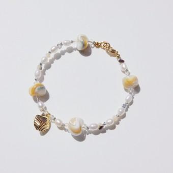 Valerie Chic - LANGKAWI Perlen Armband - 18 Karat vergoldet, Muscheln, Kristalle