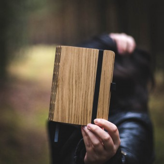 JUNGHOLZ Design Notizbuch, WoodBook, Eiche A6