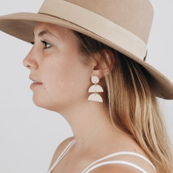 EVE + ADIS // FIO EARRINGS nude