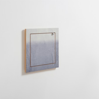 AMBIVALENZ Fläpps Regal 40x40-1 – Fading Grey by Monika Strigel