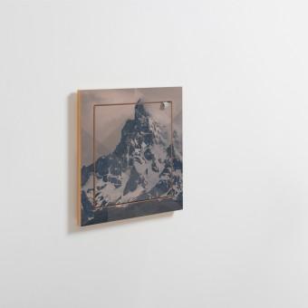AMBIVALENZ Fläpps Regal 40x40-1 – Puerto Natales by Joe Mania