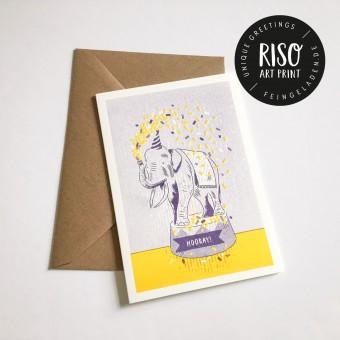 Feingeladen // LOVELY BEASTS // Elephant »Hooray!« (PPSF) Klappkarte, A6