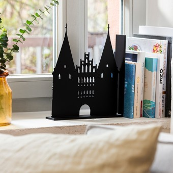 Dwenger Design Manufaktur | Buchstütze - Holsten Tor