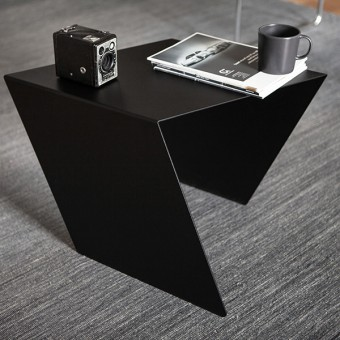 CHEVRON Table – StudioMakuko