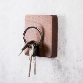 Schlüsselbrett quadratisch Größe 'S' - von LUMENQI