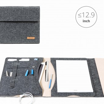 RÅVARE Tablet Organizer für große Tablets ≤12.9″ mit Schreibblock, iPad, Microsoft Surface, Samsung in grau-beige [KORA L]