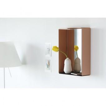 Konstantin SlawinskiMIRROR-BOX Spiegelschrank (beigerot)