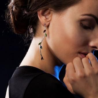 YOURS TO KEEP - Lange geschwungene Silber-Ohrringe mit echten Edelsteinen