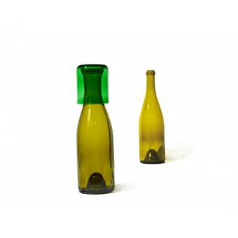 SAMESAME No 08/grün Karaffe aus Burgunderflasche mit Stülpbecher