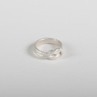vivian meller jewellery Seilring Silber Kreuzknoten