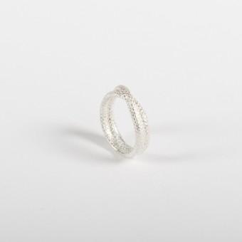 vivian meller jewellery Seilring Silber überkreuz