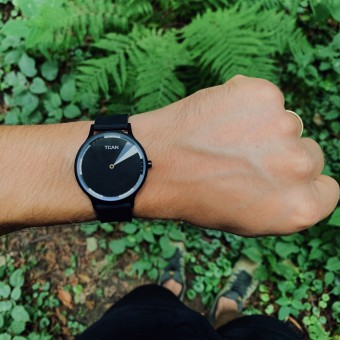 Tian Armbanduhr 38mm schwarz-weiß