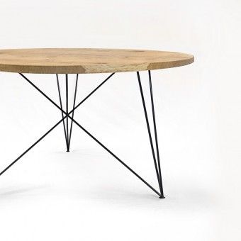 NUTSANDWOODS Oak Steel Table Round