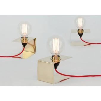 LJ LAMPS Zeta simple – Leuchte aus Messing