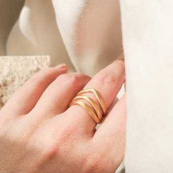 "Laura Spilker – Ring ""Movere"" 18 kt Goldplattiert"