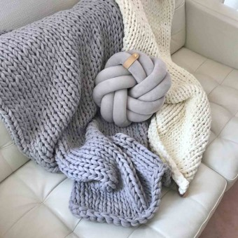 adorist. - Chunky Knit Kuscheldecke Juna, vegan scandi grey