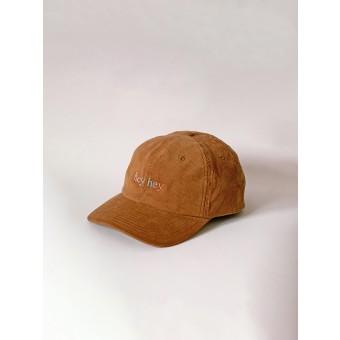 hey hey Rainbow cap - camel (Stick vorne)