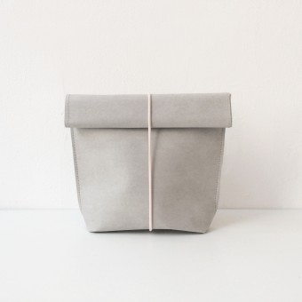 KAMI. cosmetic bag – grey