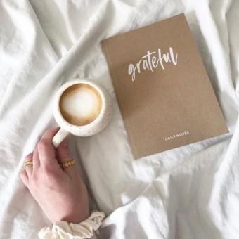 Dankbarkeitsbuch / Grateful - Schnørkelig