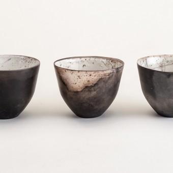 "Raku-Bowl ""George"" BLACK & WHITE – studio.drei"