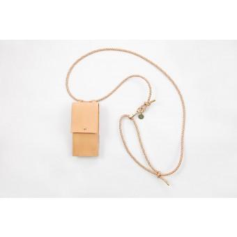 Lapàporter – iPhone case zum Umhängen mit geflochtener Lederkordel und abnehmbarer Tasche, natur/gold