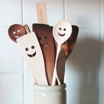 HAPPY SPOON Holz Köchlöffel und Pfannenwender bei DETAILS Produkte