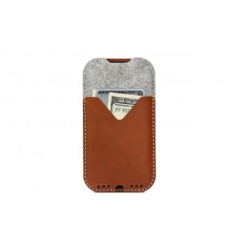 Pack & Smooch iPhone XR Hülle mit Kartenfach KIRKBY Pflanzlich gegerbtes Leder 100% Merino Wollfilz