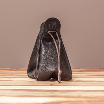 LEDERJUNGE – Klingelbeutel »VALENTIN« aus Rhabarberleder (braun)