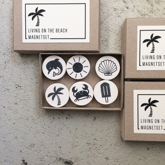 Knallbraun – Living on the Beach | Magnetset