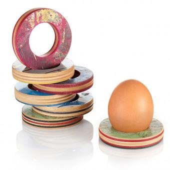 Lockengelöt Eierbecher - aus recycelten Skateboards