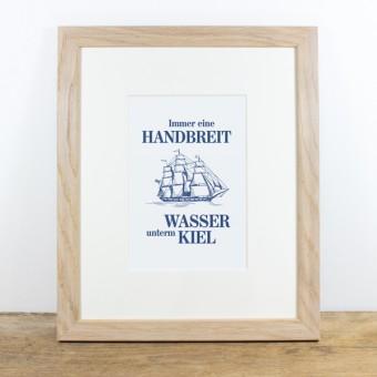 Bow & Hummingbird Bild mit Echtholzrahmen - Wasser unterm Kiel