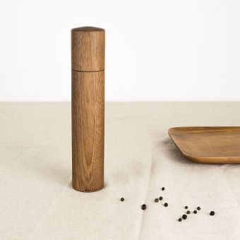 MAXLUZI - Pfeffermühle aus Nussbaumholz