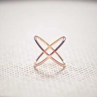 iloveblossom CROSSING OVER RING // rosé