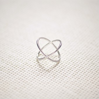 iloveblossom CROSSING OVER RING  // silver