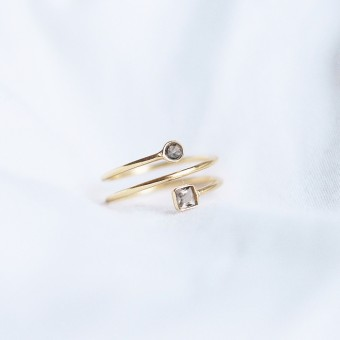 iloveblossom DOUBLE BUBBLE SMOKY HELIX RING // gold